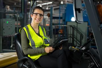 Manutenzione e noleggio carrelli elevatori + attrezzature per il magazzino a prezzi di internet